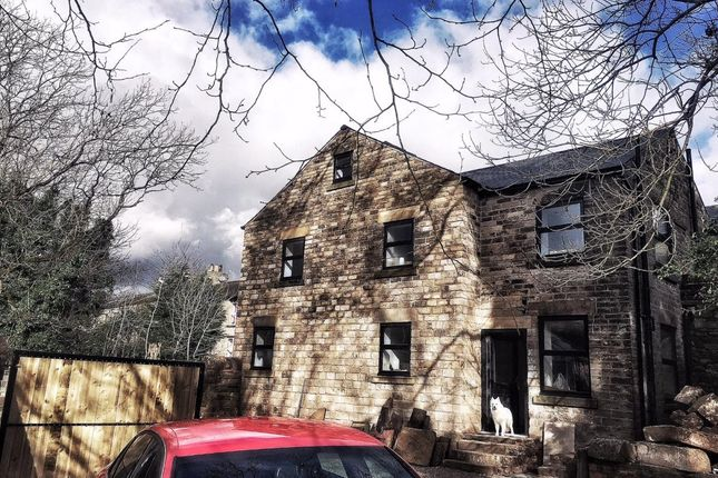 Thumbnail Semi-detached house to rent in Huddersfield Road, Millbrook, Stalybridge