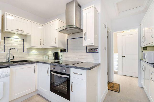 Thumbnail Flat to rent in Whitehorse Lane, South Norwood