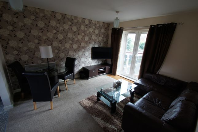 Thumbnail Flat to rent in Hever Hall, Coventry