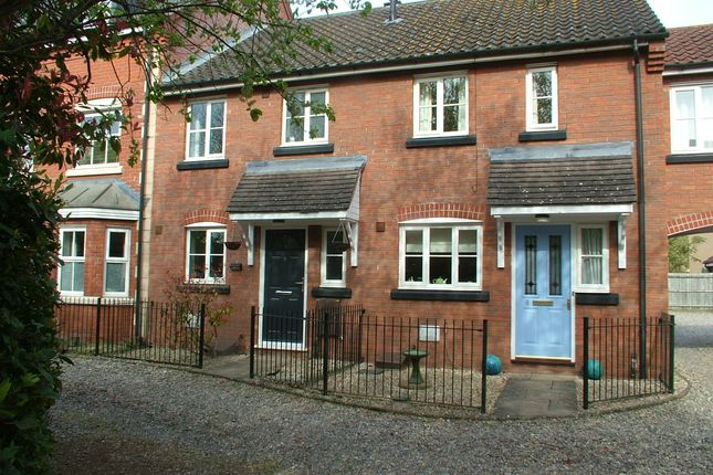 2 bed property for sale in Wheatfield Way, Long Stratton, Norwich NR15