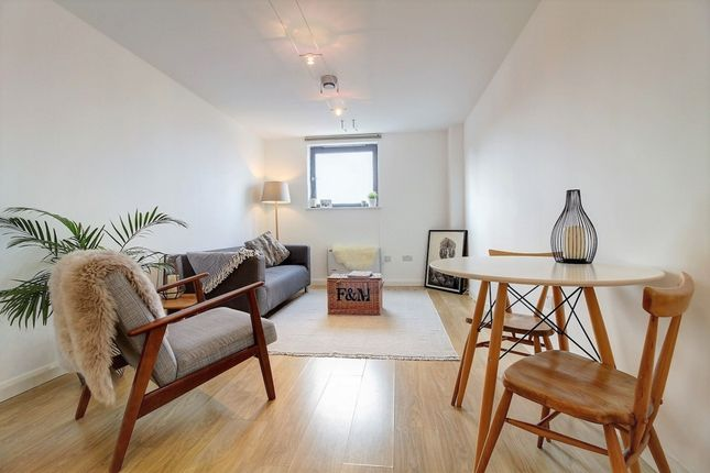 Thumbnail Flat to rent in Mare Street, Mare Street, London Fields