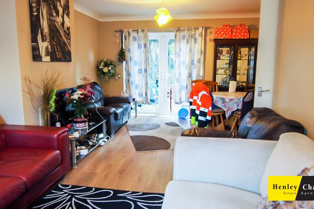 Living Room of Kempson Road, Hodge Hill, Birmingham B36