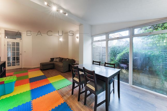 Thumbnail Flat to rent in Cavendish Avenue, Finchley Central