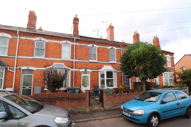 3 bed terraced house to rent in Edwy Parade, Gloucester GL1