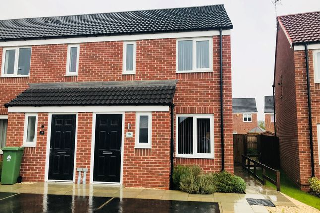 Thumbnail Town house to rent in Skylark Way, Clipstone Village, Mansfield