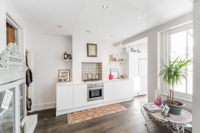 Thumbnail Property to rent in Gladwell Road, Crouch End, London