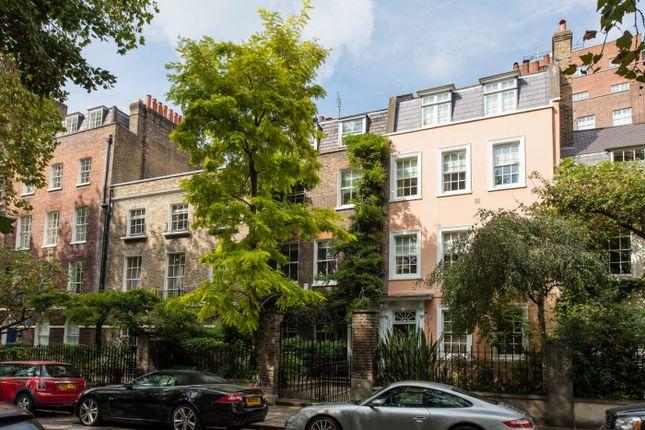 Thumbnail Property for sale in Kensington Square, Kensington