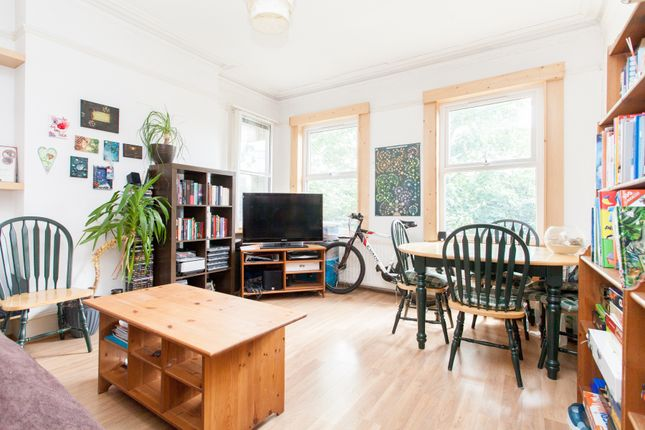 1 bed flat to rent in Wallwood Road, Leytonstone E11