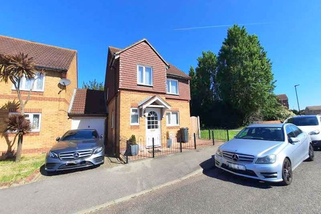 Thumbnail Detached house to rent in Westmacott Drive, Feltham