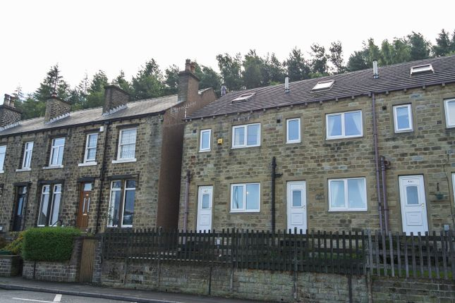Thumbnail Town house for sale in Manchester Road, Linthwaite, Huddersfield