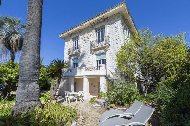 Villa for sale in Nice - Mont Boron, Nice Area, French Riviera