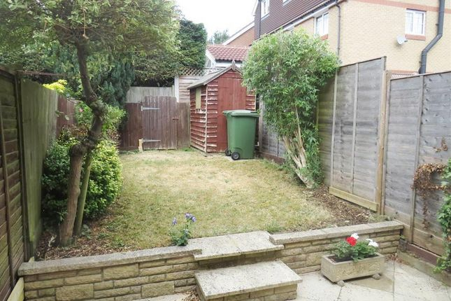 Thumbnail Property to rent in Sandalls Spring, Hemel Hempstead