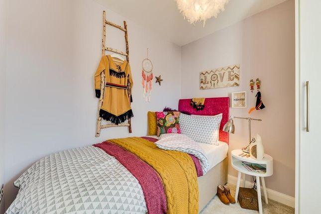 "Single Bedroom of ""Alderney"" at Kimlers Way, St. Martin, Looe PL13"