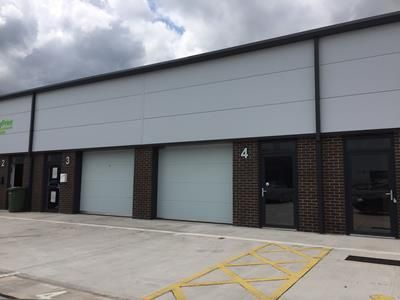 Thumbnail Commercial property to let in Matrix Way, Matrix Point, Buckshaw Village, Chorley
