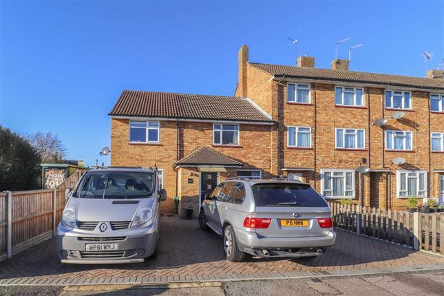 End terrace house for sale in Windsor Drive, Hertford