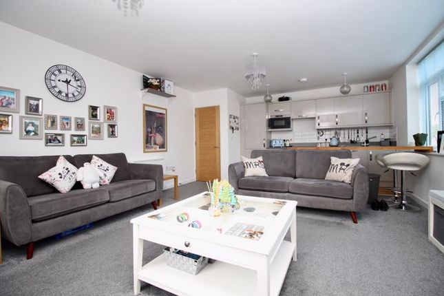 Living Area of 46, Peartree Avenue, Southampton SO19