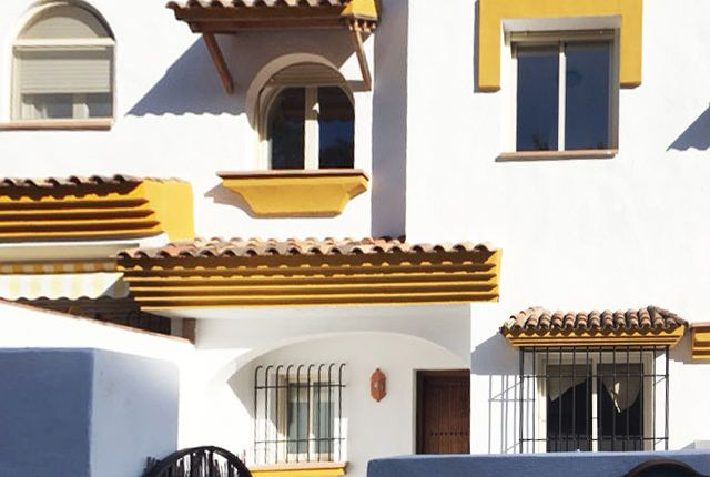 3 bed town house for sale in Benahavis, Costa Del Sol, Andalusia, Spain