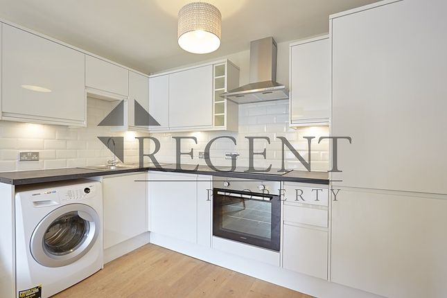 Thumbnail Flat to rent in Dorset Road, London