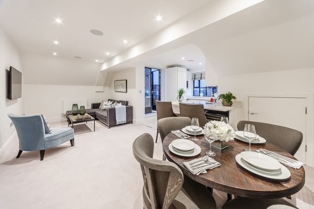 Thumbnail Flat to rent in Palace Wharf, Rainville Rd, London
