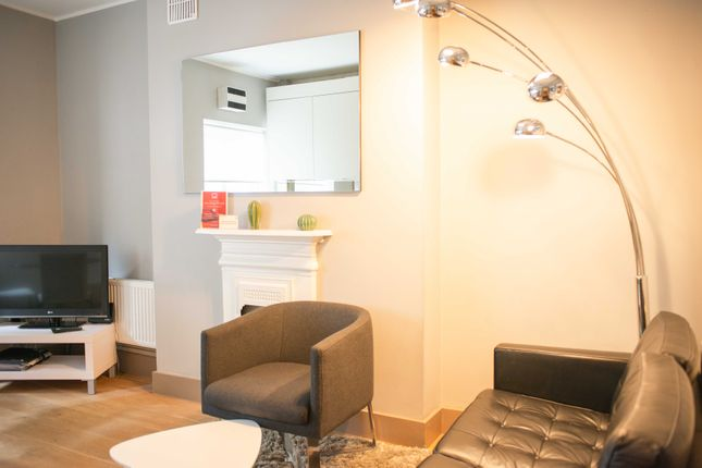 Thumbnail Flat to rent in Cleveland Street, London, 4Hy, London