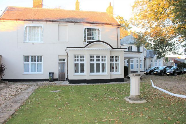Thumbnail Flat for sale in Kingston Road, Taunton