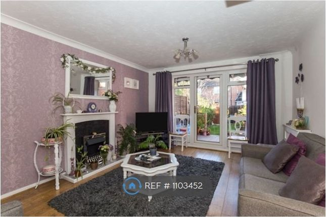 2 bed terraced house to rent in Smugglers Walk, Greenhithe DA9