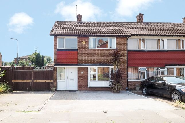 Thumbnail Terraced house for sale in Priestley Road, Mitcham