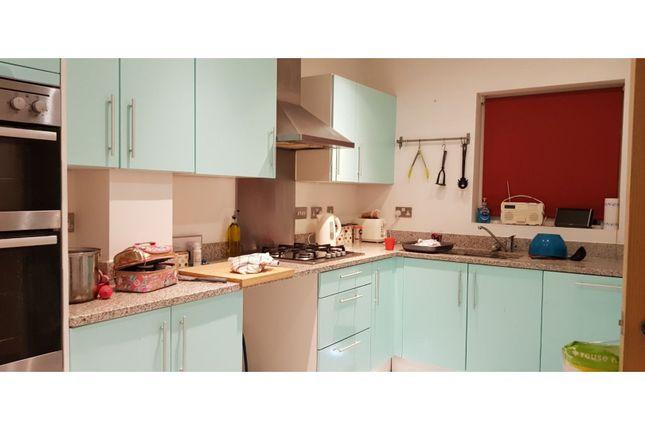 Kitchen of Sully, Bradford-On-Avon BA15