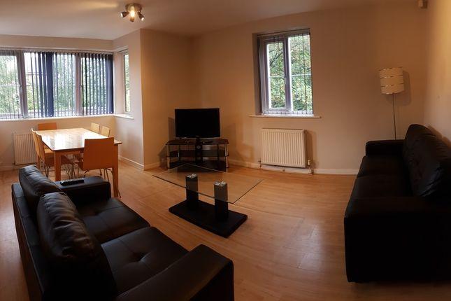 Thumbnail Flat to rent in Ladybarn Lane, Fallowfield, Manchester