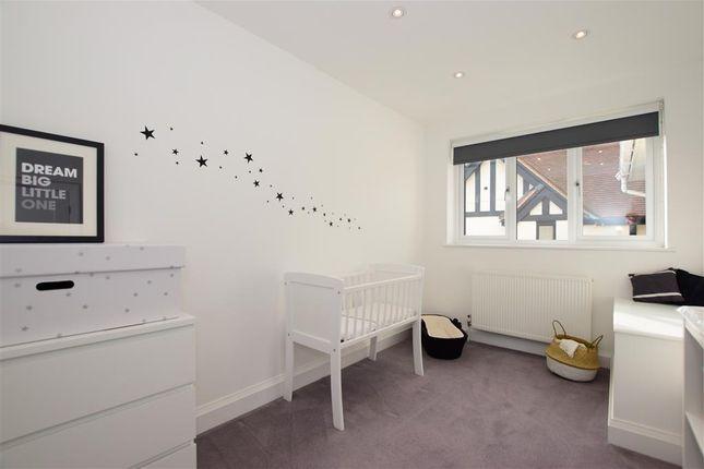 Bedroom 4 of The Uplands, Loughton, Essex IG10