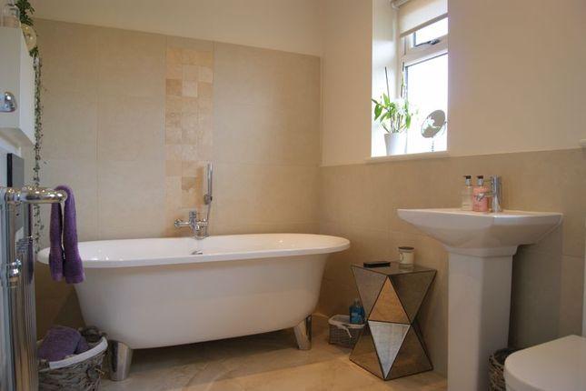 Bathroom of Old Bell Lane, Carlton-On-Trent, Newark NG23