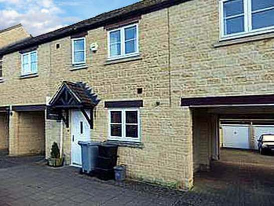 Thumbnail Terraced house to rent in Bramble Bank, Witney, Oxfordshire