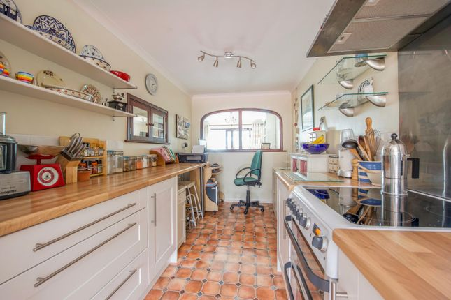 Kitchen of Wayside Green, Woodcote, Reading RG8