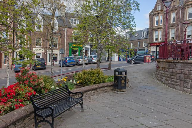 Thumbnail Flat for sale in Alma Place, Crieff