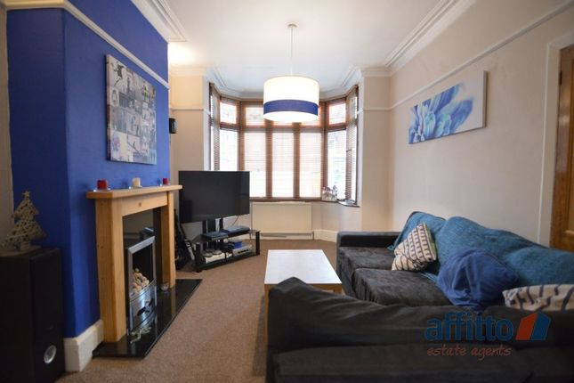 Thumbnail Semi-detached house to rent in King Street, Dukinfield, Cheshire