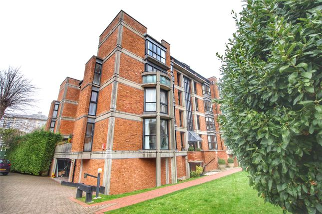 Thumbnail Flat for sale in Shorland House, Beaufort Road, Bristol, Somerset