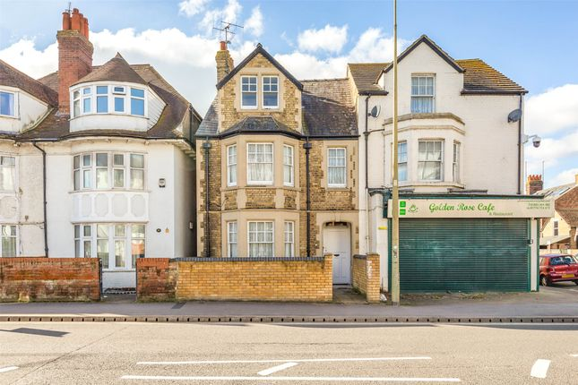 Thumbnail Flat for sale in Abingdon Road, Oxford