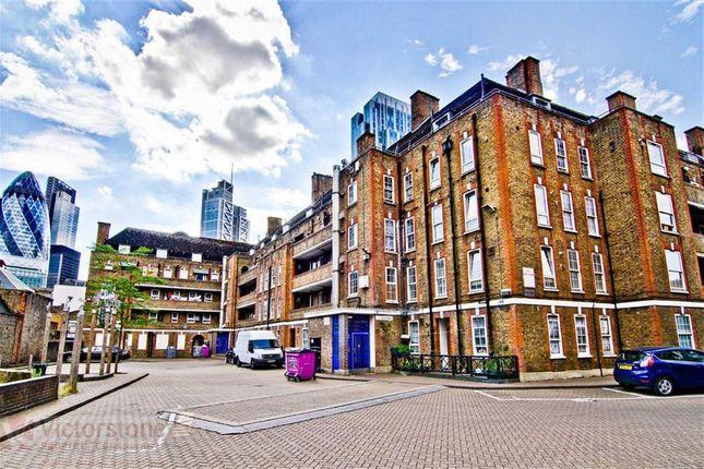 Maisonette for sale in Brune House, Spitalfields, London