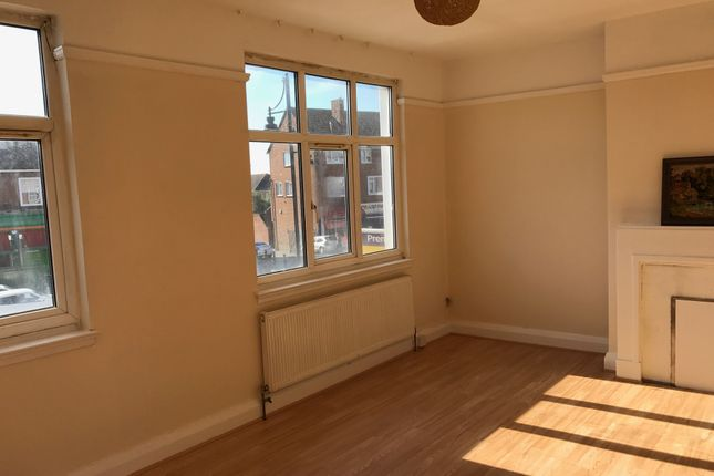 Thumbnail Duplex to rent in Collier Row Road, Romford