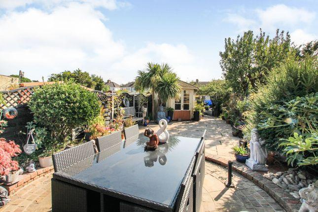 Houses For Sale In Gidea Park Buy Houses In Gidea Park Zoopla