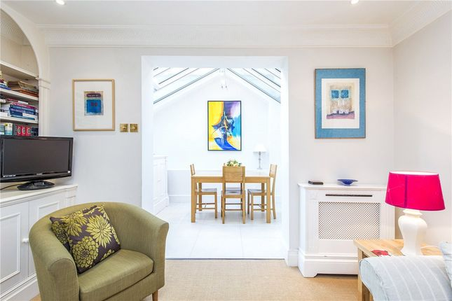 Thumbnail Detached house to rent in Waterden Court, Queensdale Place, Holland Park, London