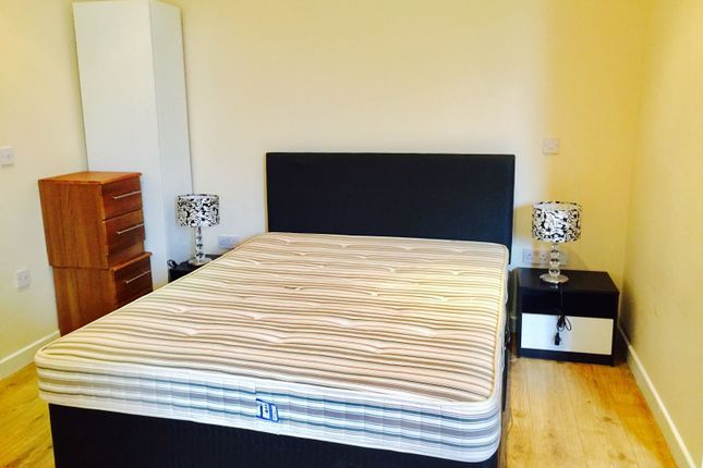 Thumbnail Flat to rent in Willow Drive, Bracknell
