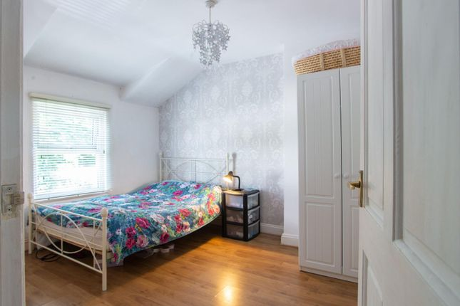 Thumbnail Terraced house for sale in Weald Road, Brentwood