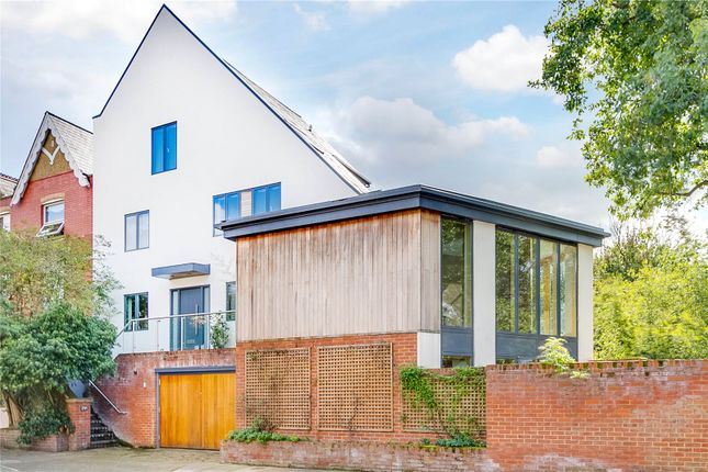 Thumbnail Detached house for sale in Ranelagh Avenue, London