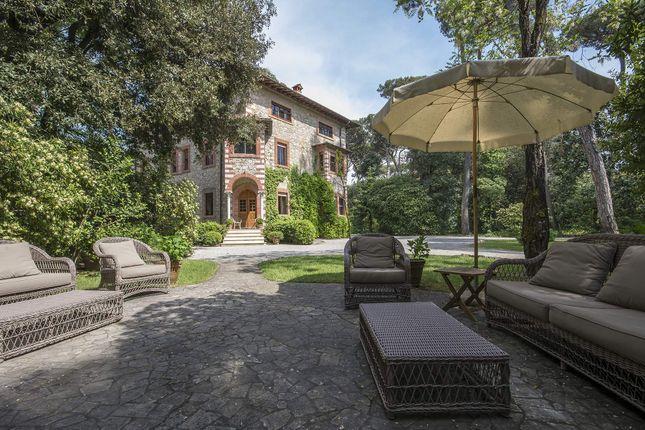 9 bed town house for sale in Forte Dei Marmi, Forte Dei Marmi, Italy