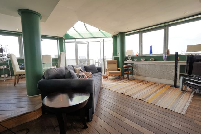 Thumbnail Flat for sale in Austin Road, London