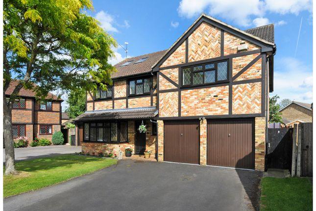 Thumbnail Detached house for sale in Fennel Close, Farnborough