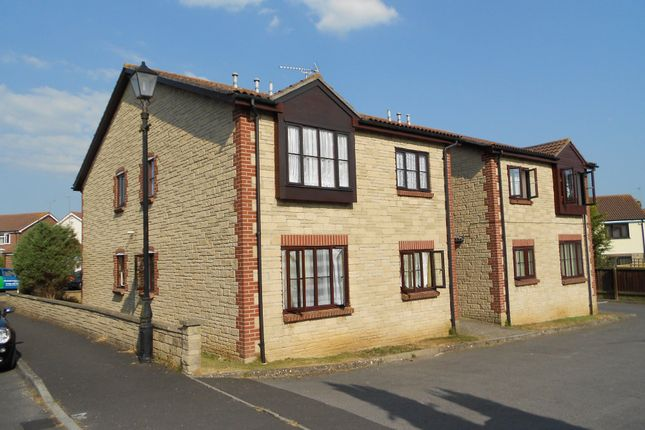 Thumbnail Flat to rent in Trellech Court, Yeovil