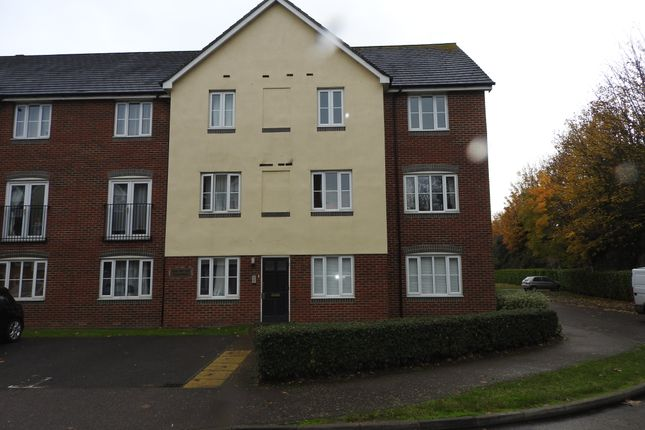 Thumbnail Flat to rent in Covesfield, Gravesend