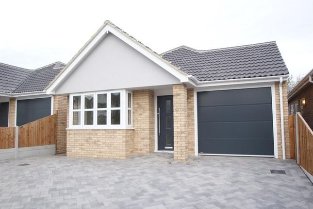 Thumbnail Detached bungalow for sale in Clifton Road, Ashingdon, Rochford